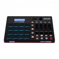 Akai MPD 226